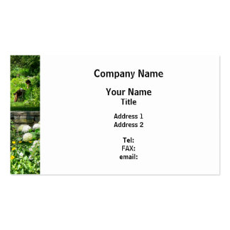 Reading in the Garden Pack Of Standard Business Cards