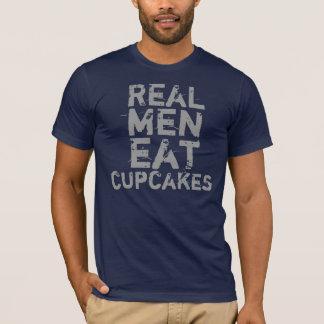 Real Men Eat Cupckakes T-Shirt