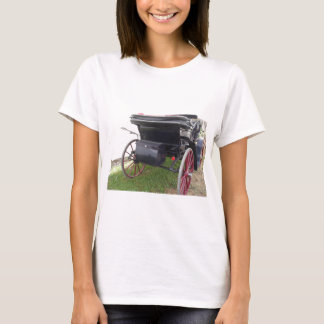 Rear view of old-fashioned horse carriage on green T-Shirt