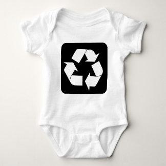 Recycling Sign - Black T-shirts