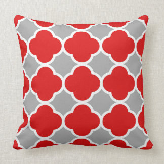 Red and Gray Quatrefoil Pattern Cushion