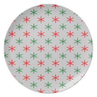 Red and green snowflake pattern plate