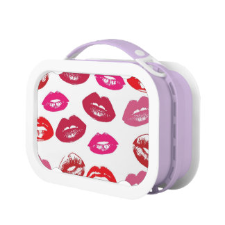 Red and Pink Lips Pattern Lunchboxes