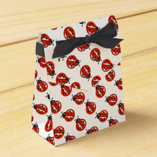 Red And White Ladybugs Party Favor Box Wedding Favour Box