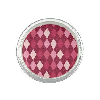 Red argyle pattern