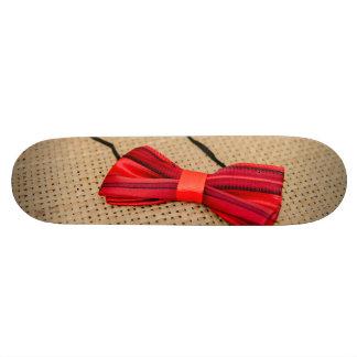 Red baby bow tie 18.1 cm old school skateboard deck