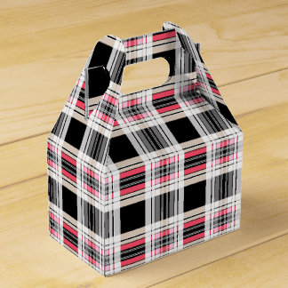 Red black white plaid favour box