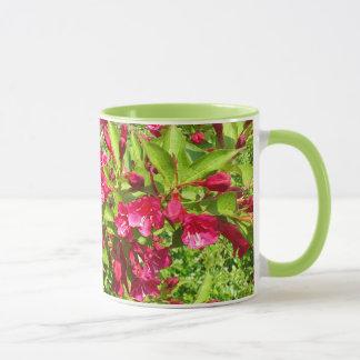 red blooms mug