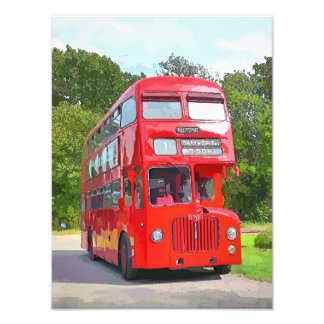 RED BUS PHOTO
