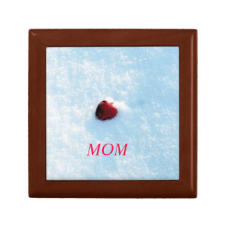 Red Heart in Snow Small Square Gift Box