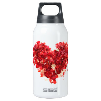 Red heart made of rose petals 0.3L insulated SIGG thermos water bottle