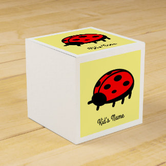 Red ladybug favour boxes