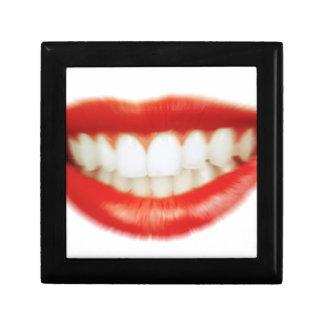 Red lips gift box