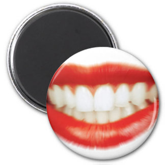 Red lips magnet
