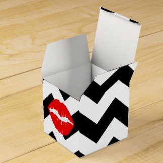 Red Lips on Black and White Zigzag Party Favour Boxes