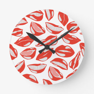 Red Lips ready to kiss Round Clock