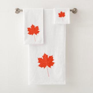 Red maple leaf bath towel set