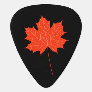 Red maple leaf plectrum
