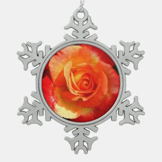Red-orange rose pewter snowflake decoration