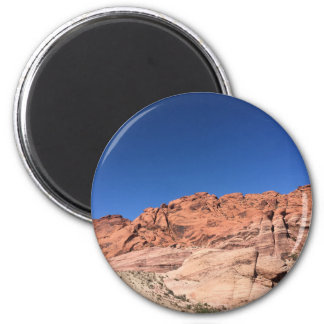 Red rocks and blue skies 6 cm round magnet