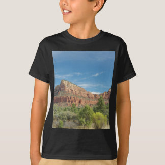 Red rocks in Sedona T-Shirt