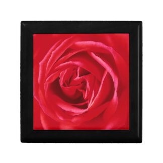 Red rose print small square gift box