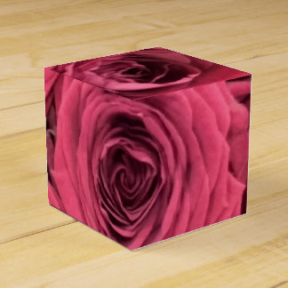 Red rose theme favour boxes