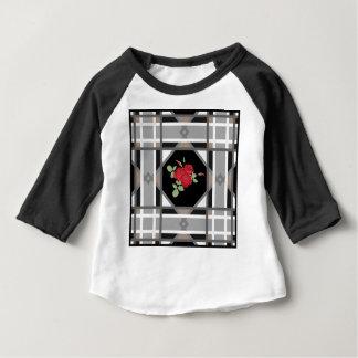 Red roses , retro baby T-Shirt