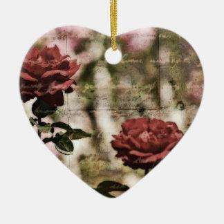 Red Roses Romantic Garden Ceramic Heart Decoration