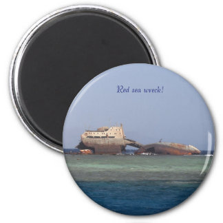 Red sea wreck. 6 cm round magnet