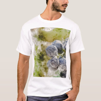 Red Wine Grapes in the Vineyard T-Shirt
