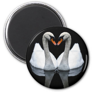 Reflections of Love, Heart Shape, White Swans 6 Cm Round Magnet