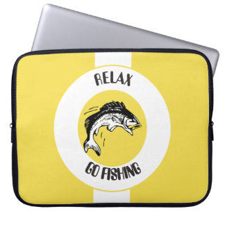 RELAX AND GO FISHING LAPTOP SLEEVE