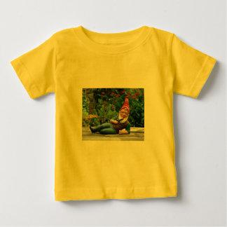 Relaxing Gnome with Santa Cap Tee Shirt