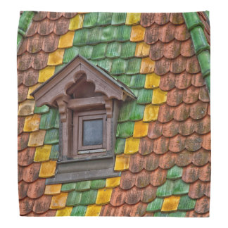 Remarkable roofing in the center of Obernai Bandana
