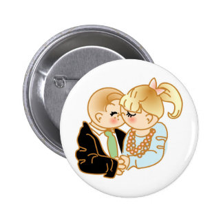 Remembering First Kiss 6 Cm Round Badge