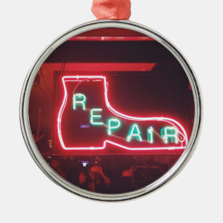 Repare Neon Sign NYC Silver-Colored Round Decoration