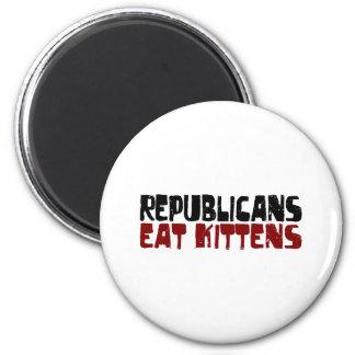 Republicans Eat Kittens 6 Cm Round Magnet