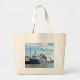 Research & Survey Ship Atlantic Wind Bags