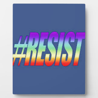 RESIST PLAQUE