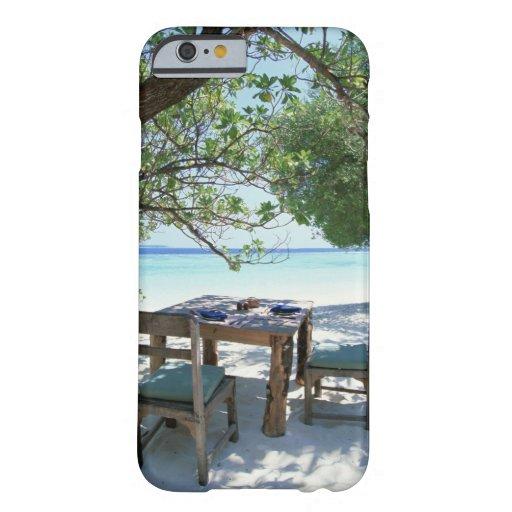 Resort Image 2 iPhone 6 Case