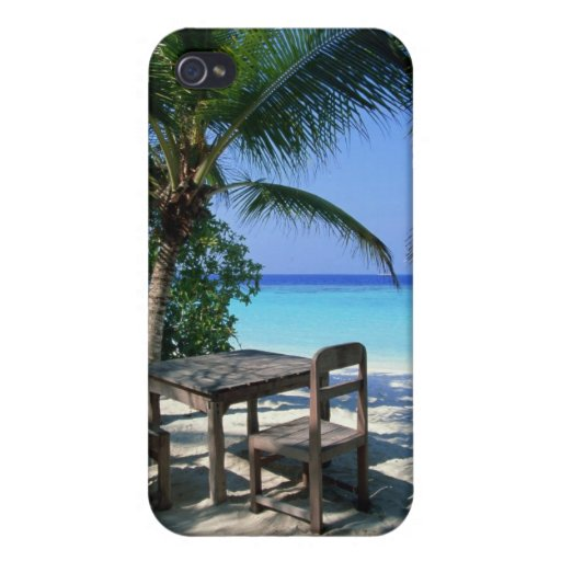 Resort Image iPhone 4 Covers