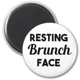 Resting Brunch Face 6 Cm Round Magnet