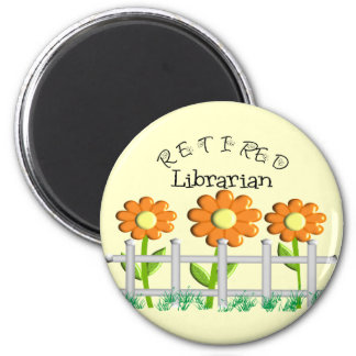 Retired Librarian Daisies Fence Design Gifts 6 Cm Round Magnet