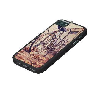 Retro bike iPhone 5/5S covers