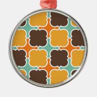 Retro Colors Barbed Quatrefoil Pattern Silver-Colored Round Decoration
