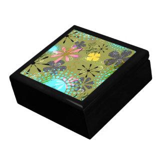 Retro Floral Trinket Box