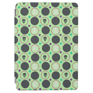 Retro Fun Green Skull Pattern iPad Air Cover