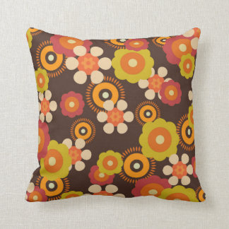 Retro geometric floral pillow