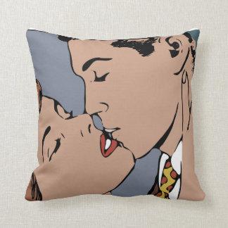 RETRO KISS PILLOW